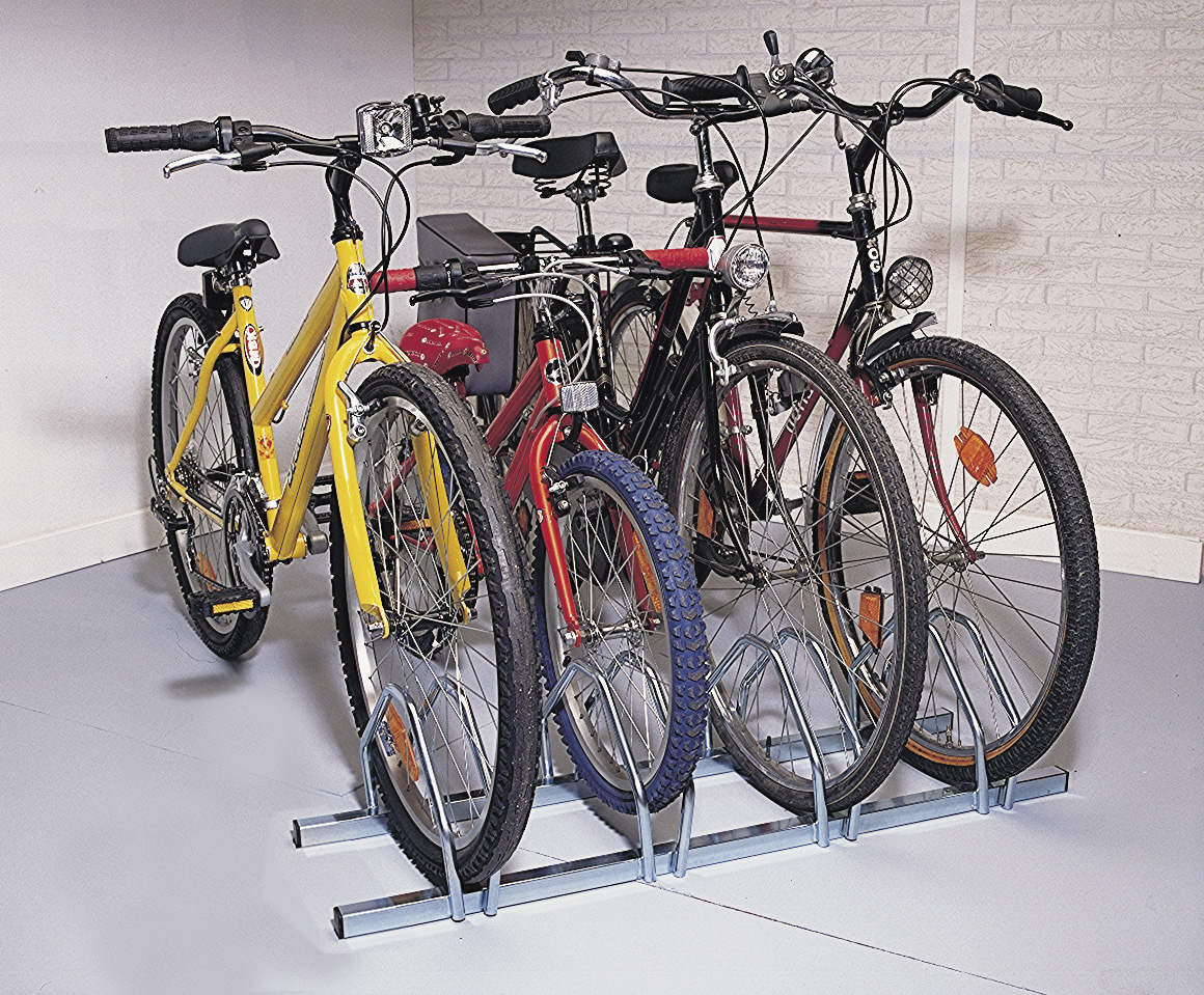 Soporte suelo 4 bicicletas tiendas ibi for Soporte para bicicletas suelo